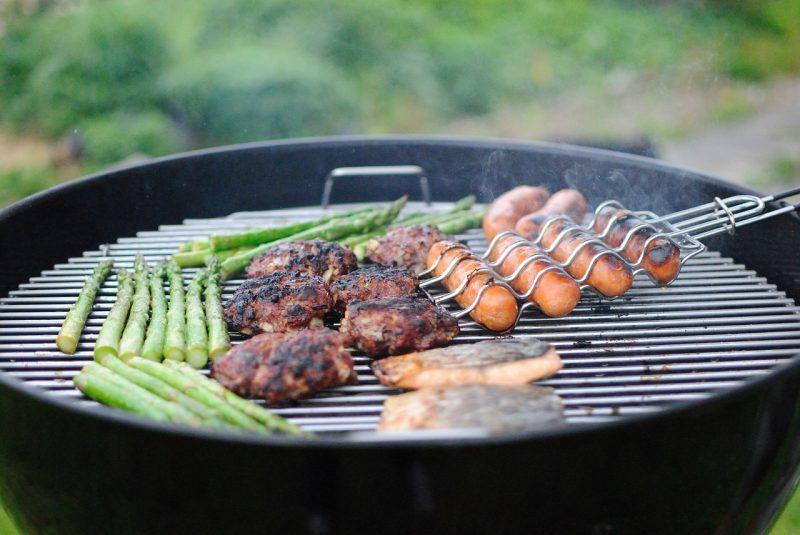 Griglia barbecue-piastra bistecchiere